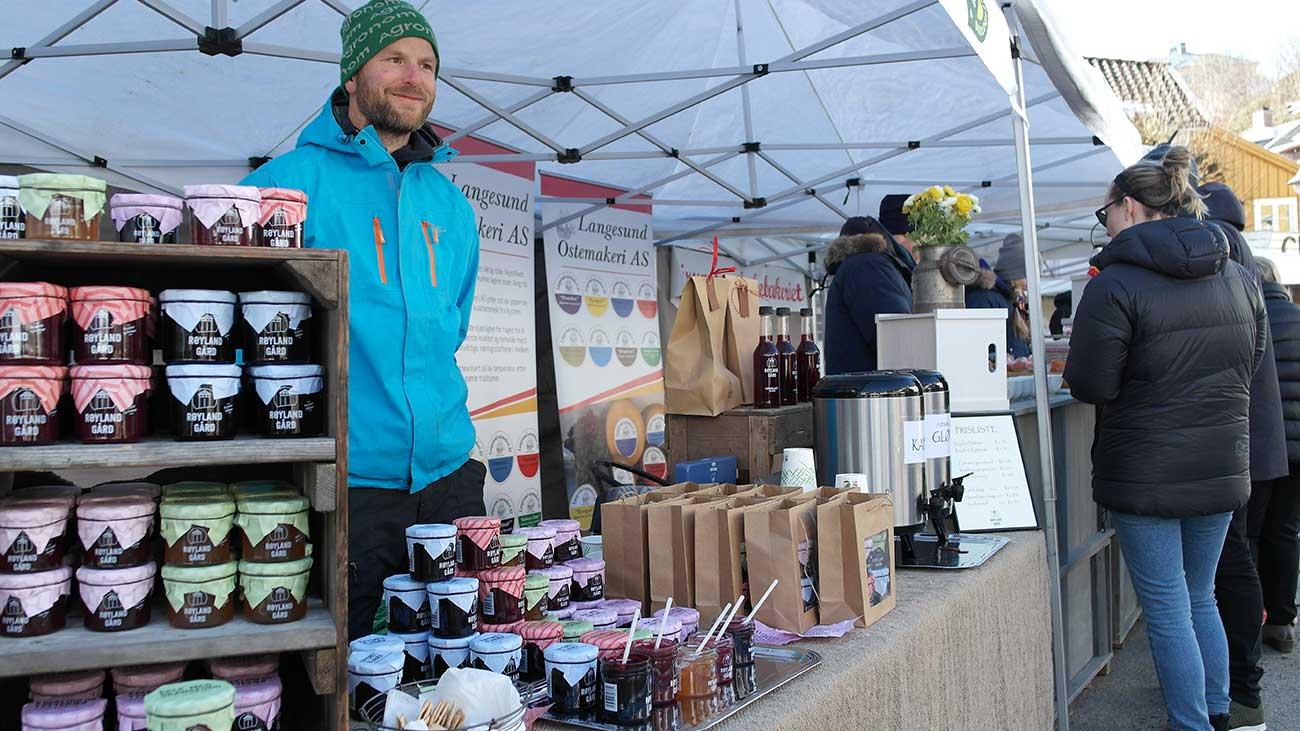 Bondens Marked er fast innslag her hos oss i Kragerø, og kan oppleves hele året.